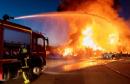 Incendie nocturne à la casse-automobile d'Esmans (77)